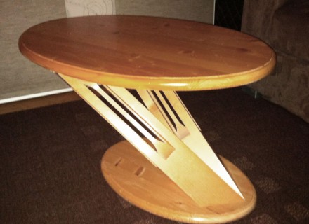 Table basse originale en sapin